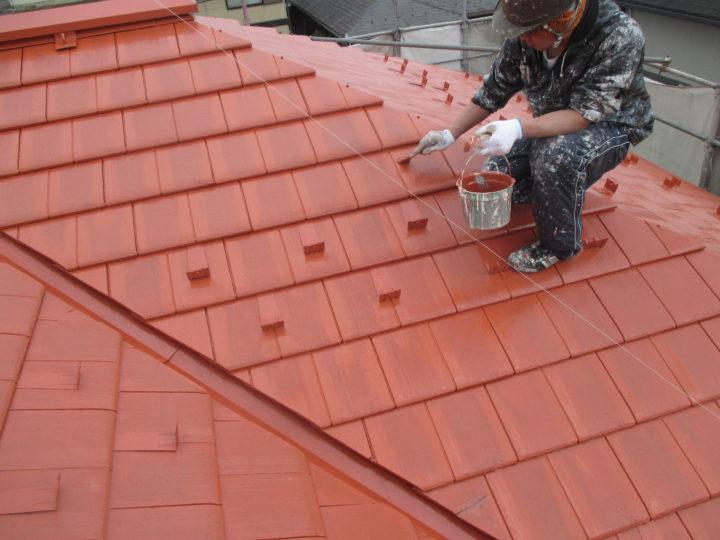 屋根 上塗り 刷毛入れ