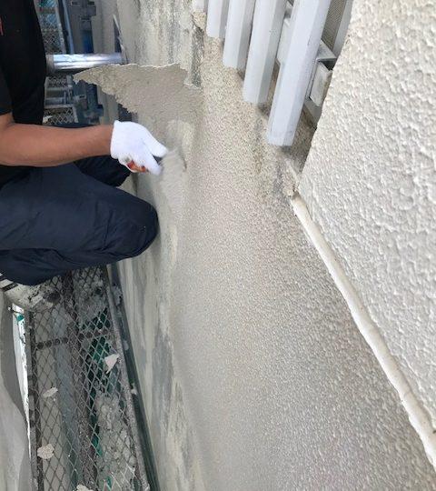 旧塗膜の撤去作業