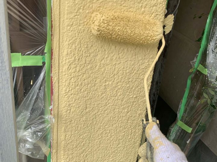 外壁 上塗り2回目