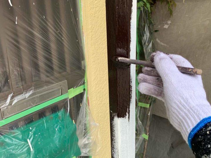 竪樋 上塗り1回目
