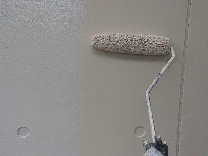 外壁1階部分 上塗り1回目